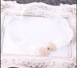 Schlichtes Haarband mit Perlenschleife