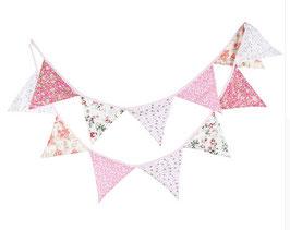 Wimpelkette Girlande aus Stoff in rosatönen, Blumenmuster