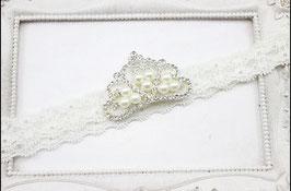 Schlichtes Haarband mit Perlenkrone