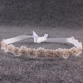 Schlichtes Perlenhaarband zum Binden