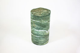 Urne aus Epidot-Grünschiefer aus der Wagrainer Ache Salzburg Österreich Handmade