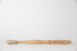 Jetzt bist Du dran! Kaufe die Fairbrush Zahnbürste und nimm ein Stück Zukunft in die Hand. Wir freuen uns auf Dich! :)