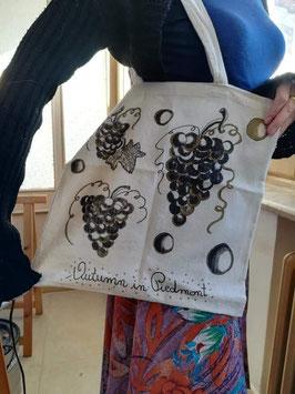 Shopping bag: AUTUMN IN PIEDMONT