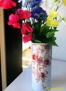 錦鉄線花絵 花瓶