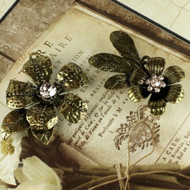 Prima Vintage Trinkets - Metal Flowers 2pc (732)