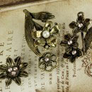 Prima Vintage Trinkets - Metal Flowers 4pc