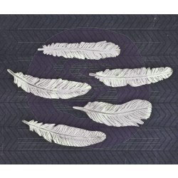 Prima Resin Feathers