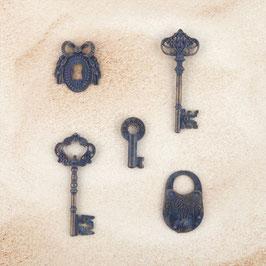 Prima Metal Patina Trinkets - Keys