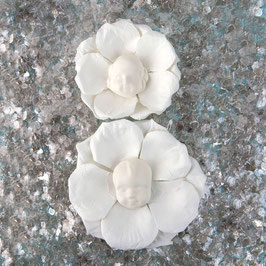 Prima Resin Flowers: Norma