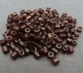 L03a Dkl. Amethyst; 2mm