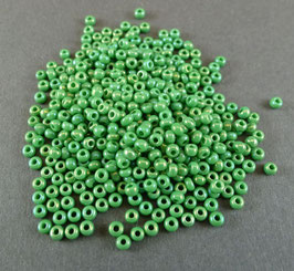 Gr26 Grün irisierend.; 2,3mm