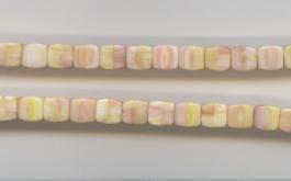 Wu06 Würfel Rosa/Gelb/Weiß opak, 7x7mm