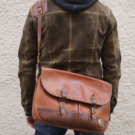 THEDI LEATHERS SHOULDERBAG BROWN