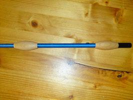 Fleck Balance-Gerte royalblau mit naturholz Knubbeln