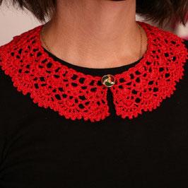 Collana-colletto rosa rosso