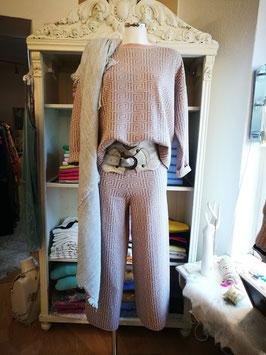 "Pullover ""Knit Elegance"""