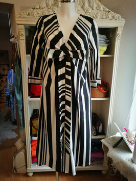 "Kleid ""Unique Stripes"" BlacknWhite"