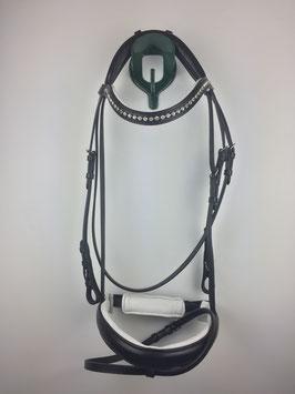 schwarzer ergonomisch gepolsterter Trensenzaum mit silberfarbenen Beschlägen