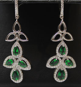 Pendenti con pietre color verde Smeraldo