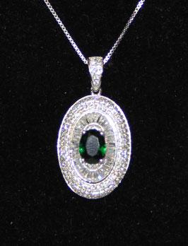 Pendente ovale con pietra centrale color verde Smeraldo