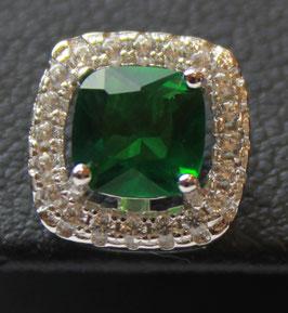 Boccole con pietra centrale taglio princess color verde smeraldo