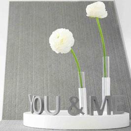 EMI - Schriftzug YOU & ME