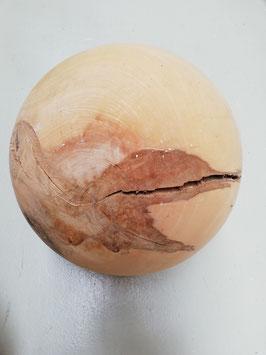 Holzkugel aus Rosskastanie