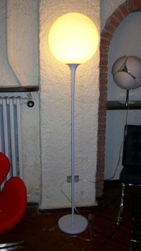 Lampada design. CAST. Da terra