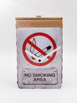 no smoking area... blechpostkartenuhr tm 144x101mm in umweltkartonage...!