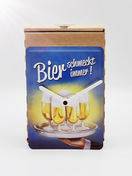 Bier schmeckt immer Blechpostkartenuhr tm 144x101mm in umweltkartonage...!