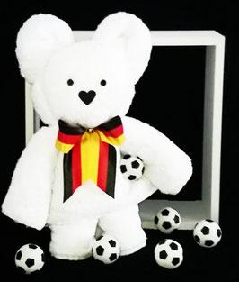 """Handtuchfigur """"großer Bär als Fußballer in weiß"""", fertig verpackt in Klarsicht-Geschenkfolie"""