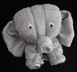 "Handtuchfigur ""Elefant in silber"", fertig verpackt"