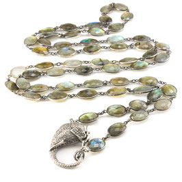 "Diamond ""Elephantclasp"" on a Labradorite Bezelnecklace"