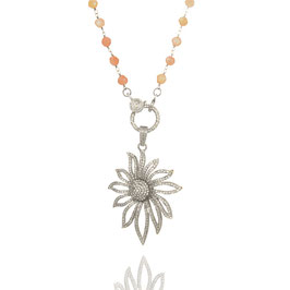 Rosarynecklace Peach Moonstone with pendant Flowerpower Contour