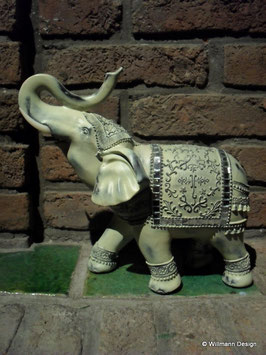 Elefant antik hell