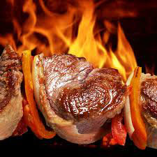 Grill-Barbecue / 4 Gang-Dinner  Mallorquinisch-hausgemachte Spezialitäten