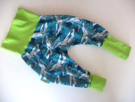 Pumphose Hai mit grün Gr.68/74