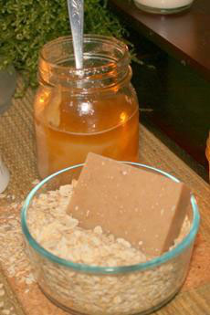 Oatmeal & Honey Goat's Milk Soap ~ All Natural