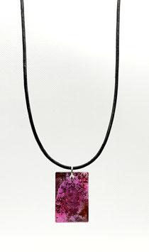 Ketting leer met paarse hanger