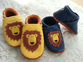 Footies mit Löwen