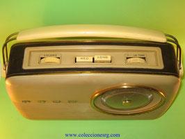 Radio Bush TR 82B