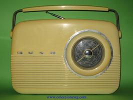 Radio Bush TR 82