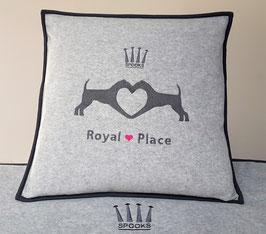 Royal Place Terrier Kissen