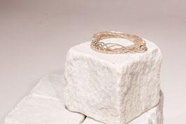 Armband Light009 mit Naturzirkonia, einem keltischen Liebesknoten als Verschluss und Echtsilberelemente in 925 er Echtsilber