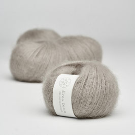 Deluxe Silk Mohair No. 19 Cream Tea