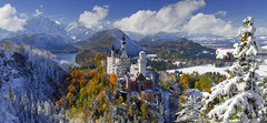 Kasteel van Neuschwanstein  in de winter - panorama  (puzzel 2000 stuks)
