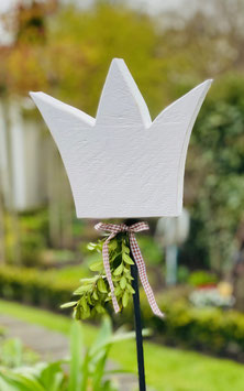 Krone auf Metallstab