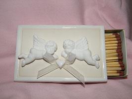 Streichholzschachtel mit Engelchen