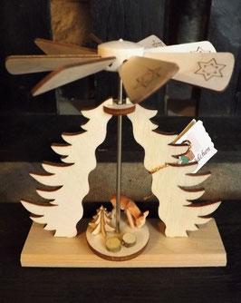 Mini-Pyramide mit geschnitzem Reh - Wärmespiel