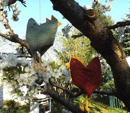 Große fliegende Hühnchen aus Stoff